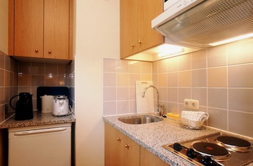 Kitchen 1-Bedroom Apartment 38 Sq.m. Citadines Berlin Kurfürstendamm