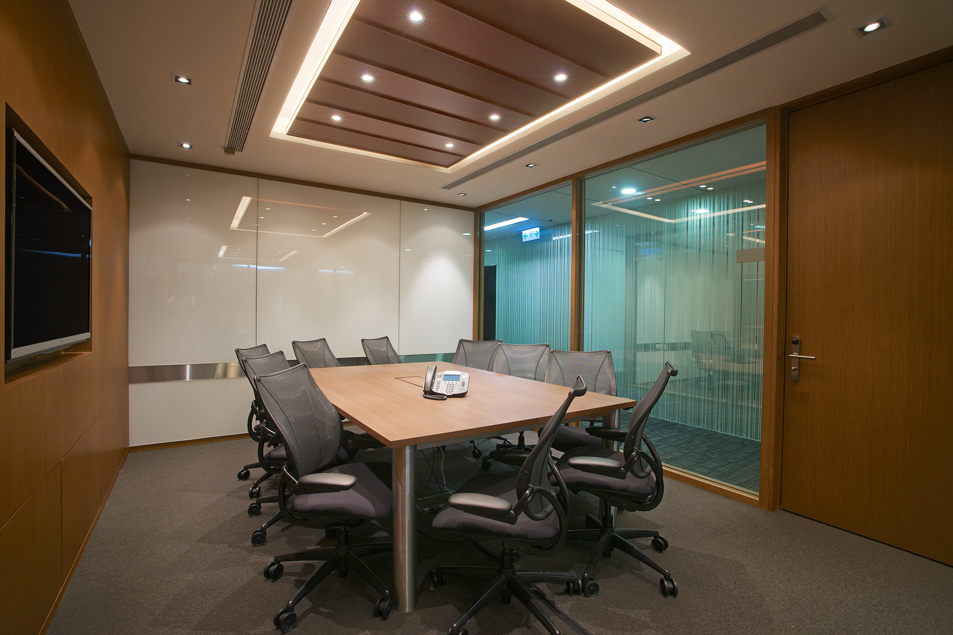 Compass Offices - Hong Kong, 136 Des Voeux Road Central