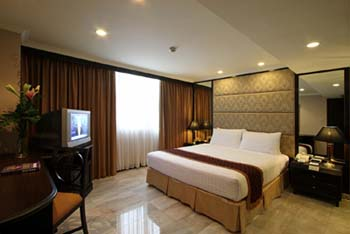 Deluxe Suite Bedrooms