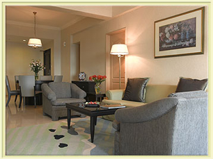 Living Area 3-Bedroom Apartment 111 Sq.m. Great World Serviced Apartments