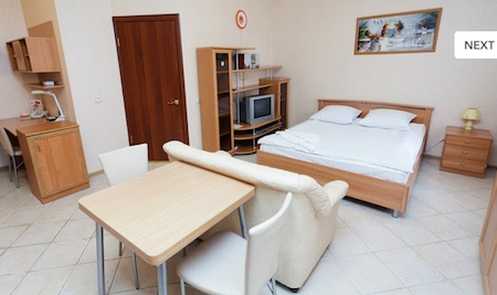 Short-term accommodation in Moscow has numerous advantages comparing to hotel room reservation. It perfectly fits all needs of either a single business person or groups and delegations.  This  one-bed