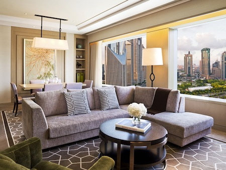 IFC Residence provides premium luxury living in Shanghai, offering five-star accommodation and service. IFC Residence offers residents the unique opportunity to work, live, relax and play within the s