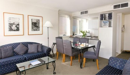 Excellent 3 Bedroom Apartment 90 Sqm Manor House Apartments Melbourne Best Image Libraries Barepthycampuscom