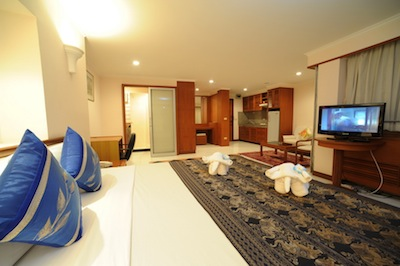 Enjoy your life in our comfortable accommodation with one or two bedrooms, a living room, pantry and balcony. The rooms are beautifully furnished with linen and modern facilities including cable TV an
