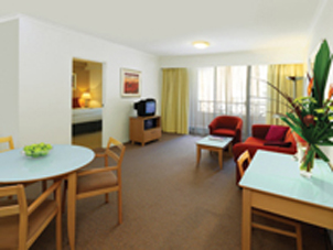 You are in the heart of the Sydney vibrant CBD and shopping precinct here at these Sydney serviced apartments. We are surrounded by great restaurants and cafes, gyms, live theatre, cinemas and Sydney'