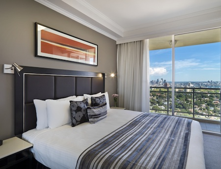 3 Bedroom Apartment 305 Sqm Meriton Serviced Apartment