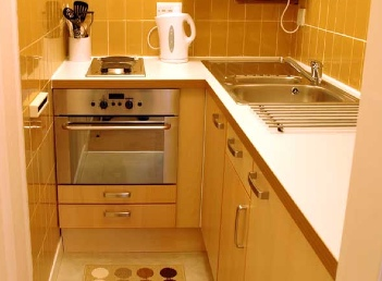 Fully Equipped Kitchen Studio Apartment 30 Sq.m. Oakfield Court Apartment Hotel