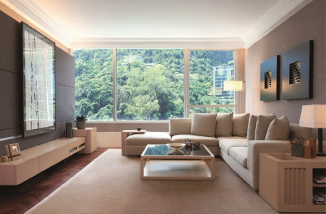 <br>Located in the heart of the city, yet with nature on your doorstep, Pacific Place Apartments adjoins Hong Kong Park`s of eight hectares of lush greenery, for year-round leisure and pleasure.<br><b