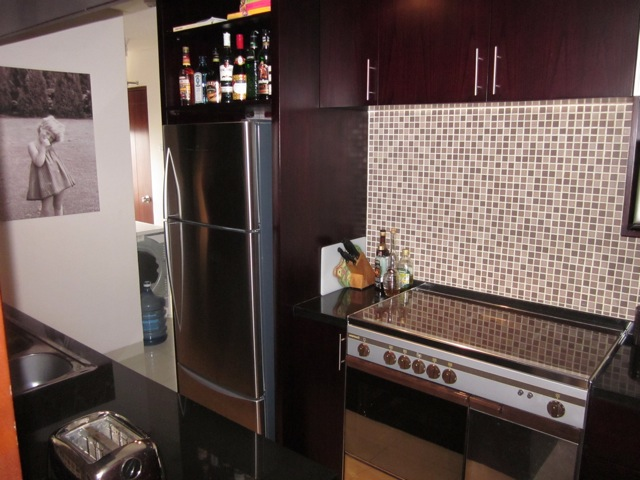 This  four furnished apartment is 110 sq.m and is located . The apartment has 2 bathroom. The minimum length of stay for this apartment is 3 Month(s).