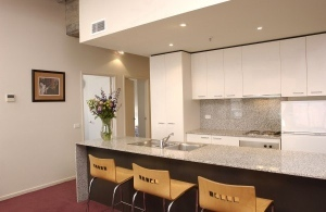 Kitchen & Dining Area 3-Bedroom Apartment 0 Sq.m. Punthill Manhattan Apartment Hotel