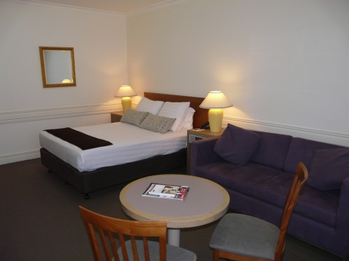 These Kew serviced apartments offer a variety of accommodation options ranging from studio apartments, spa suites and standard rooms.  