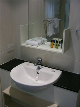 Bathroom 1-Bedroom Apartment 45 Sq.m. Quest River Park Central Serviced Apartments