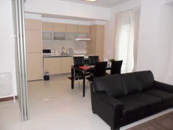 Raffles Serviced Residence offer high quality apartments at the Raffles Place / Marina Bay in Singapore.  This  one-bedroom serviced apartment is 620 sq.m ,  and can sleep 2 people maximum.  The apart