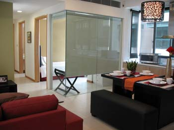 Redwood@Central is luxurious Singapore apartments for rent. It is located near Paya Lebar MRT station. These are 8 storey apartments near beautifully shop houses. Guests can select any of the 20 moder