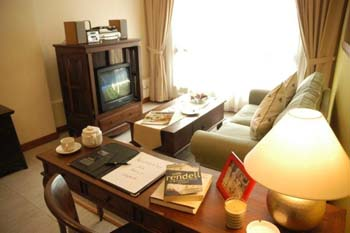 Redwood West offers serviced apartments in Singapore. It is charming resort in west coast. Surrounded by a range of foliage, it is a perfect place to relax. So, collecting all senses experience the be