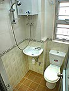 Bathroom Studio Apartment 28 Sq.m. Rent-a-Room Hong Kong