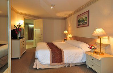 1 Bedroom Junior Suite  Bedrooms