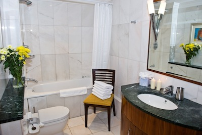 Bathroom 3-Bedroom Apartment 99 Sq.m. Sanctum International Serviced Apartments