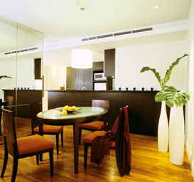 Dining Area 2-Bedroom Apartment 110 Sq.m. Siri Sathorn A Beaufort Serviced Residence