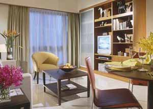 Indulge in a private apartment while on business travel or a leisure vacation in Singapore. Idea corporate housing for the expatriate on project assignment or relocation, there are business facilities