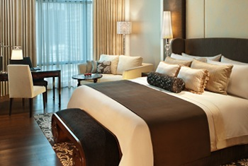 Our 227 rooms are designed aesthetically blending ornate artistry with dramatic contemporary decor and are Bangkok's most spacious and luxurious apartments. At your service will be our signature St.