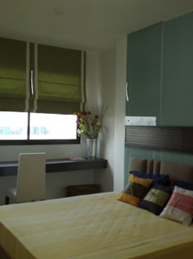Supalai Premier Place Asoke in heart of Bangkok. This  one-bedroom furnished apartment is 64 sq.m and is located . The apartment has 1 bathroom. The minimum length of stay for this apartment is 1 Year