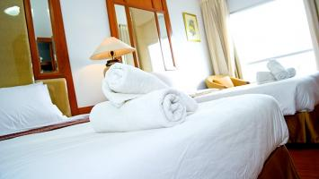 All our 70 rooms are very comfortable and fully furnished, including air-condition, private bathroom with hot and cold water, fridge, satellite T.V. telephone, laundry service. We offer our guests qua