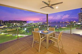 Darwin Wharf Escape Holiday Apartments offers luxury modern style accommodation, providing guests with a relaxed and complete holiday base, minutes from everything Darwin has to offer. We have 2 ident